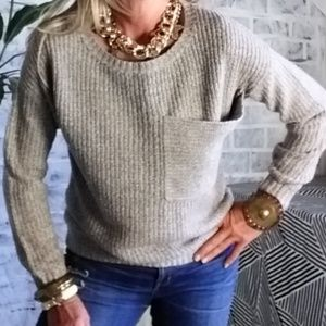 chunky knit sweater beige and cream size Small